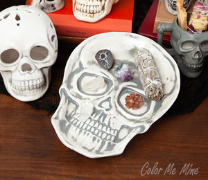 Color Me Mine Vintage Skull Plate